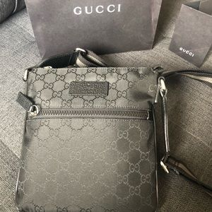 Authentic Gucci Small crossbody bag
